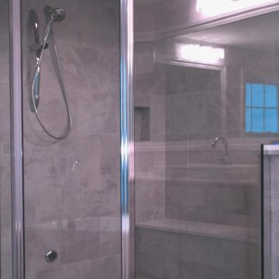 New Albany Links Custom Shower